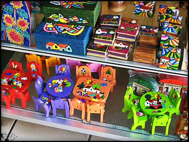 Various handicrafts for sale in La Palma, El Salvador