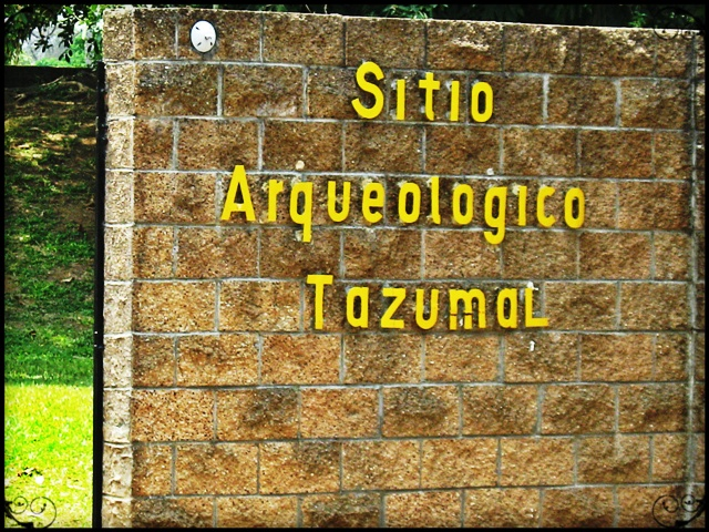 El Tazumal, El Salvador, Chalchuapa, Entrance