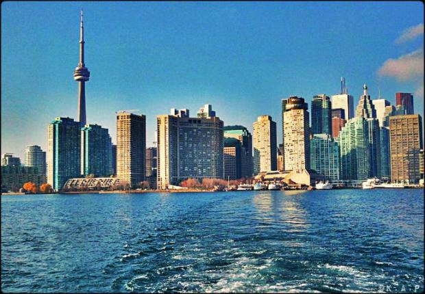 city view, skyline, Toronto Ferry Docks, Ferry, Toronto, Queen's Quay, ontario, canada,