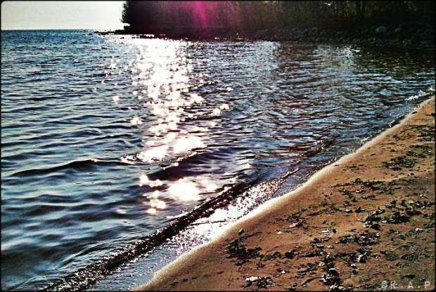lake ontario, lake, beach, sand,outdoors, Ward's Island, Toronto, Ontario, Canada