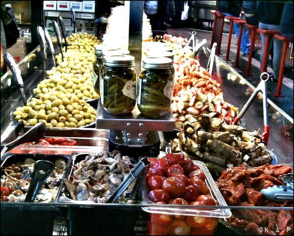 toronto, ontario, st lawrence market, front street, food market, olives, bulk food,