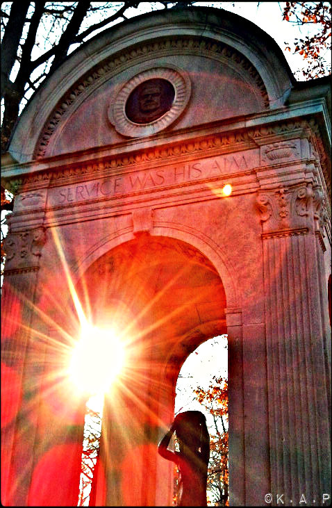 columns, statue, the beaches, toronto, frifotos, sun, memorial