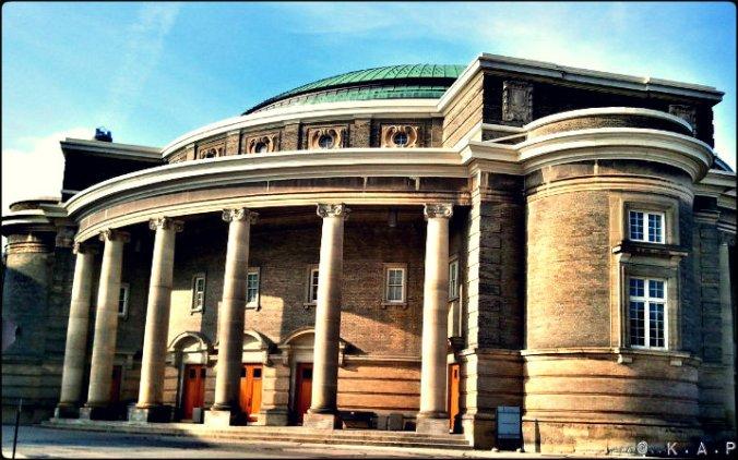 hall, convocation hall, university of Toronto, Toronto, Queen city, columns