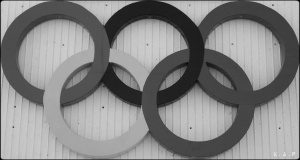 olympic rings, anneaux olympiques, montreal, olympic stadium, stade olympique