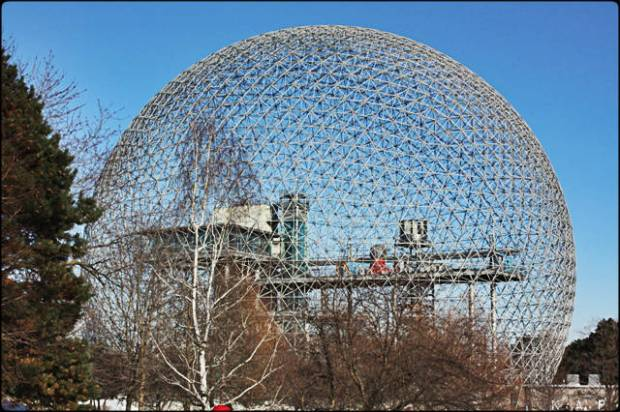 Biosphere, adventures, Île Notre-Dame, Beauty, BucketList, Canada, glace, hiver, ice, Montreal, Nature, outdoors, Parc Jean-Drapeau, Photo, Photography, Photos, Quebec, montreal, snow. neige, Tourism, Tourism Quebec, Tourisme Québec, Travel, Views, montréal, Winter