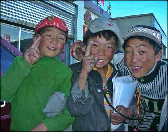 Tibetan kids, Lhasa