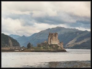 Eilean Donan Castle, Scotland, Castles, Europe, Lakes, travel, photography
