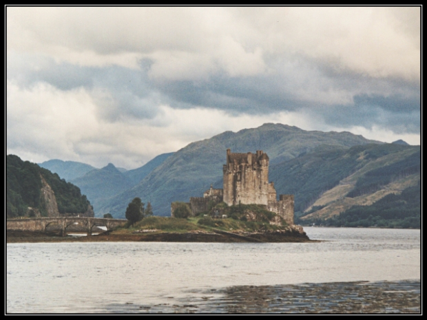 Eilean Donan Castle, Scotland, Castles, Europe, Lakes, travel, photography