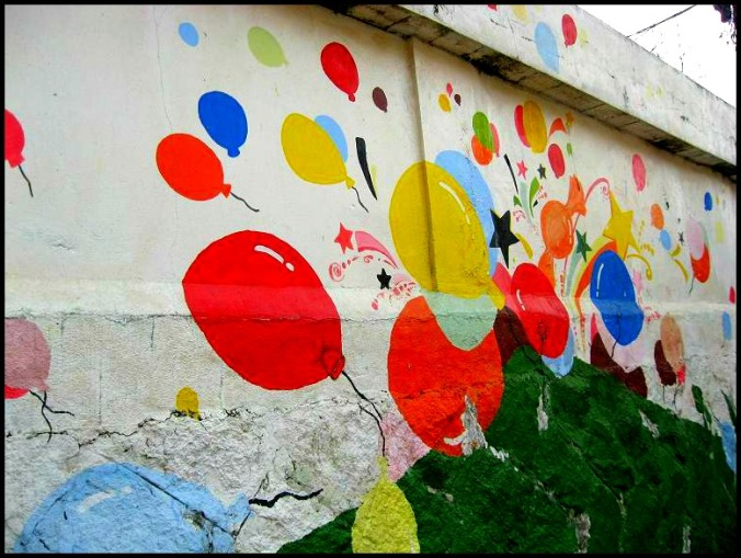 ballons, mural, Gaemi Maeul, Ant Village, Seoul, South Korea, Art, colorful wall, photography
