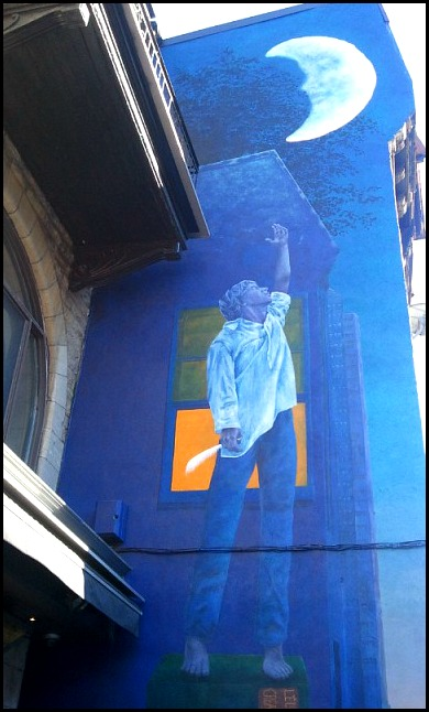 street art in Montreal, mural, street art, urban art, Quartier Latin, Latin Quarter, montreal, quebec