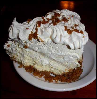 Key Lime Pie, Ice cream Key Lime Pie, sweets, dessert, food, The Fishery Restaurant, Placida, Florida, FL, Charlotte Harbor and the Gulf Islands, restaurant, SWFL, Florida, Discover USA