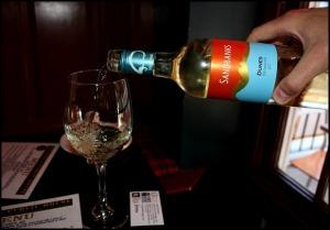 Sandbanks wine, wine, white wine, Sir Johns Public House, Kingston, Ontario, Canada, drinks