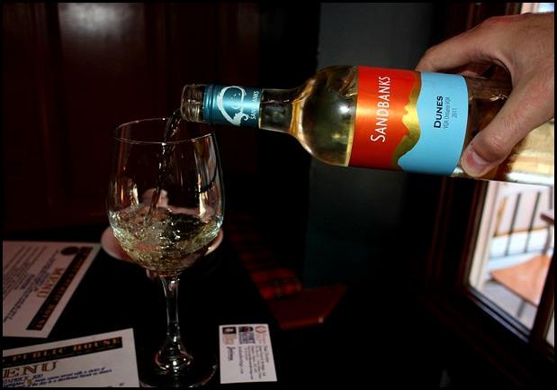 SandBanks wine, wine, white wine, Sir Johns House, Kingston, Ontario, Canada, drinks