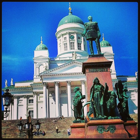 One of the symbols of the Finnish capital is Helsinki Cathedral which overlooks Senate Square. It is a place to recharge batteries!