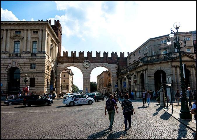 Arco della Costa, Verona, Italy, travel, photography, view