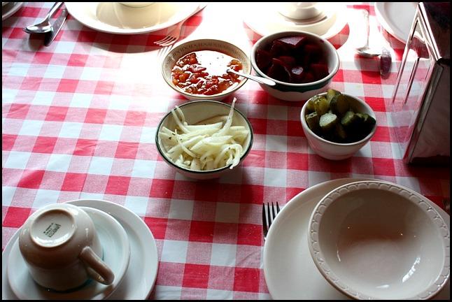 légumes marinés, marinated vegetables, Cabane à sucre, Constantin Grégoire, sugar shack, St-Esprit, Québec