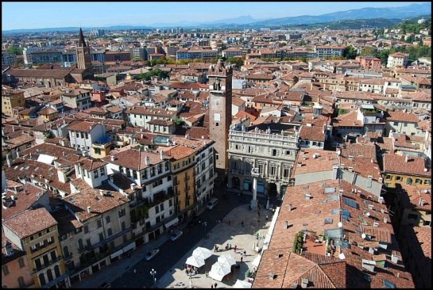 Verona, Italy, travel, photography, view, view of Verona from Lamberti Tower, travel