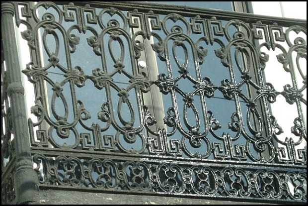 balcony, iron balcony, Ciudad de Guatemala, architecture, Guatemala, travel, photography