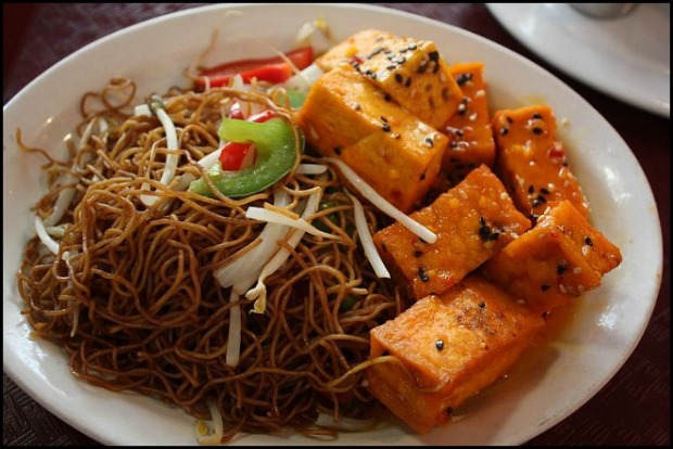 Thailand, Lemon tofu, Lemon tofu with noodles, typical food, foodie, food porn, food photos, travel, travellersoul76, photography