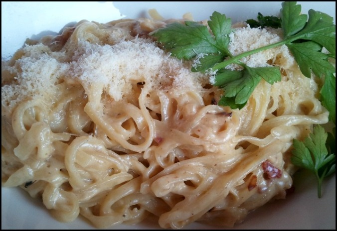 Spaghetti alla carbonara, pasta, Italy, Italia, typical food, foodie, food porn, food photos, travel, travellersoul76, photography