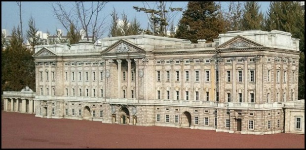 Buckingham Palace, London, UK, Miniature, Aiins World, Bucheon, South Korea, Theme Park, travel, photography, TS76