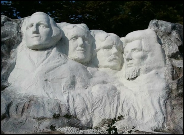 North Dakota, Mount Rushmore, USA, Miniature, Aiins World, Bucheon, South Korea, Theme Park, travel, photography, TS76