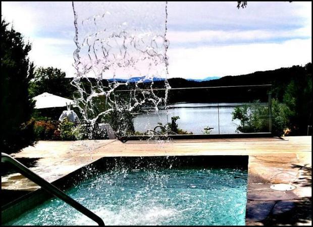 waterfall, Spa Balnéa, Balnéa Spa, Balnéa, Bromont, Quebec, Spa, relaxation, nature, Quebec, Canada, TS76