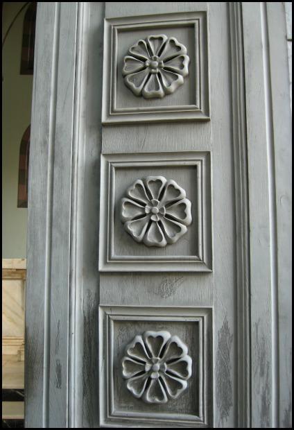 Door, door details, cathedral, Santa Ana Cathedral, Catedral de Santa Ana, El Salvador, Centro America, travel, photography, architecture, TS76