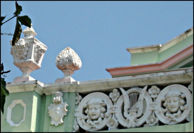 detallles de la fachada, Teatro de Santa Ana, Santa Ana Theatre, architecture, building, El Salvador, travel, photography, TS76