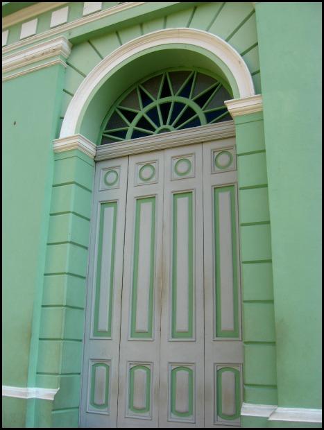 Door, green door, Teatro de Santa Ana, Santa Ana Theatre, architecture, building, El Salvador, travel, photography, TS76