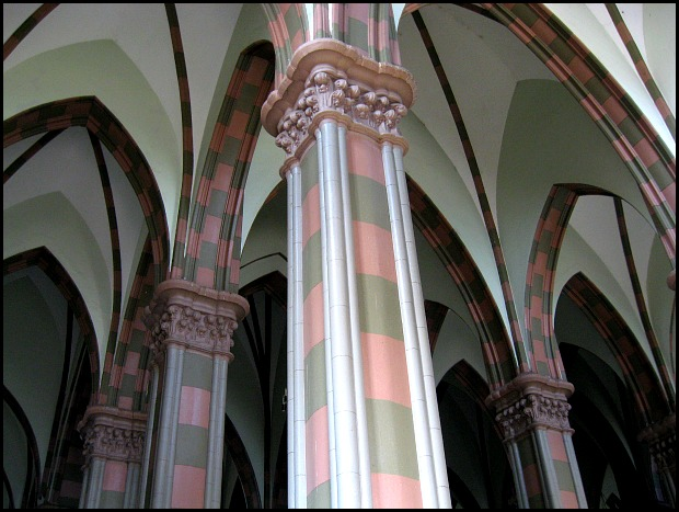 arches, architecture, interior. cathedral, Santa Ana Cathedral, Catedral de Santa Ana, El Salvador, Centro America, travel, photography, architecture, TS76