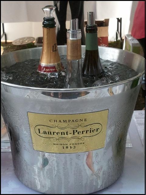 Champagne, Rosé, wine bottles, Terrebonne, Quebec, Lanaudiere, Festival Vins et Histoire Terrebonne 2014, Vieux-Terrebonne, TS76, photography, travel
