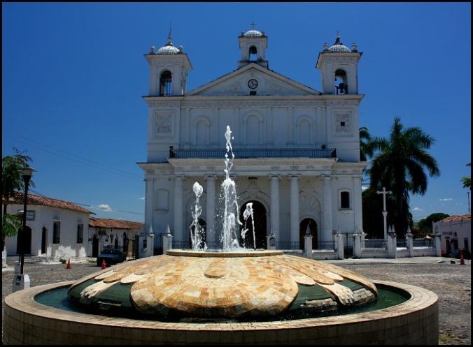 Iglesia Santa Lucia, Suchitoto, El Salvador, travel, photography, TS76