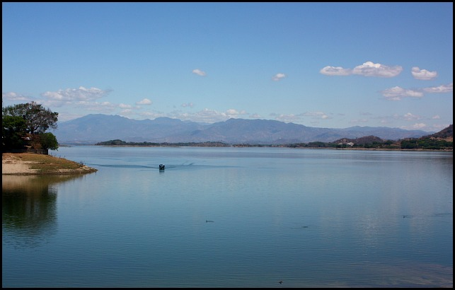 Lake, Lago de Suchitlan, Suchitoto, El Salvador, travel, photography, TS76