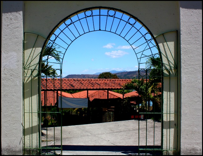 Puerto San Juan, Suchitoto, El Salvador, travel, photography, TS76