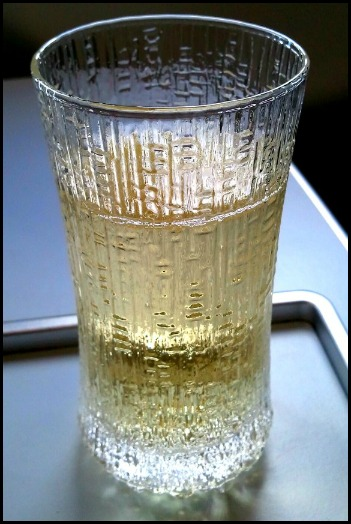 Finnair, Joseph Perrier, champagne, champagne glass, business class, J class, travel, photography, TS76