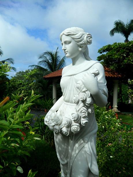 statue, female statue, Parador Resort and Spa, Costa Rica, travel, photography