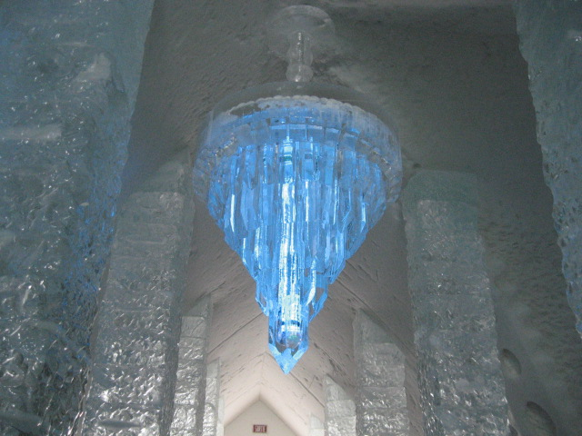 Chandelier, Ice Hotel, Hôtel de Glace, Quebec, Canada, travel, photography, TS76