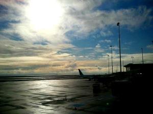 Plane spotting, Vancouver Airport, YVR, aviation, avgeek, travel, photography, TS76