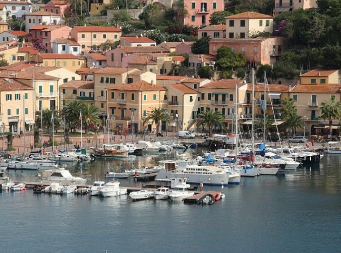 Porto Azzuro, Elba, Toscana, Tuscany, Italia, Italy, port, travel, photography