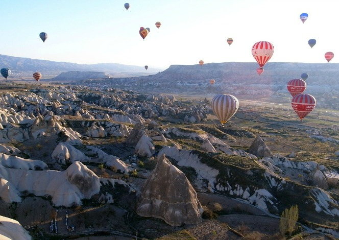 hot air balloons, Cappadocia, Turkey, travel, photography, bucketlist