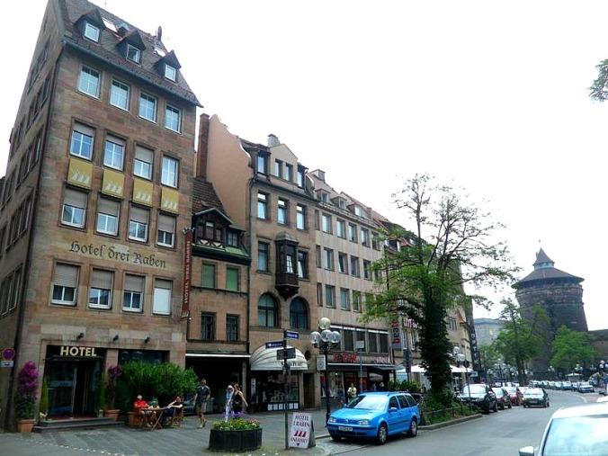 hotel review drei raben in nuremberg germany traveller soul. Black Bedroom Furniture Sets. Home Design Ideas