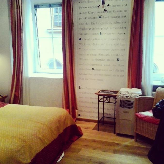 hotel drei raben, 3 raben, hotel room, Nuremberg, Nurnberg, Germany, Deutschland, travel, photography, Bayern, TS76
