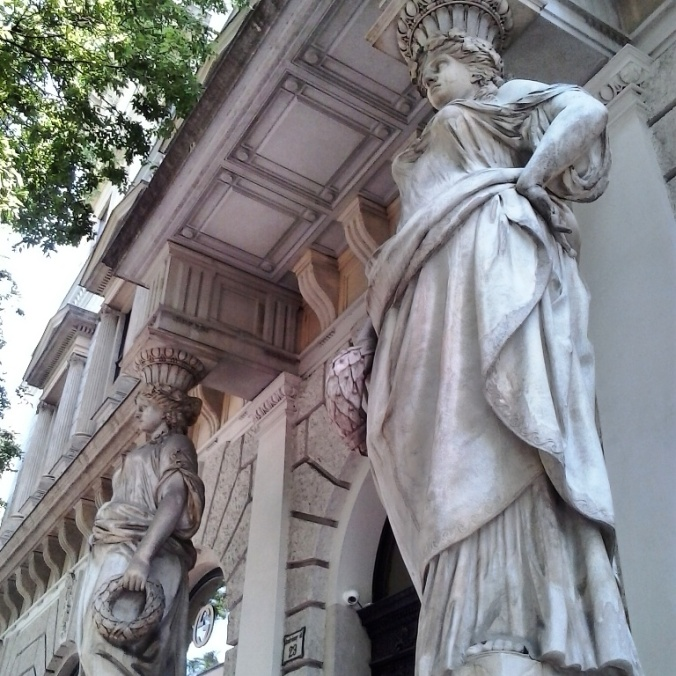 statues, entrance, architecture, photography, travel, Budapest, Hungary, TS76