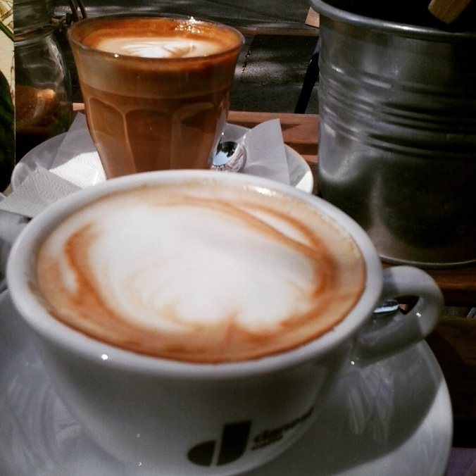 cafe, coffee, breakfast, flat white, cappuccino, budapest, café matinée, coffee lovers, TS76