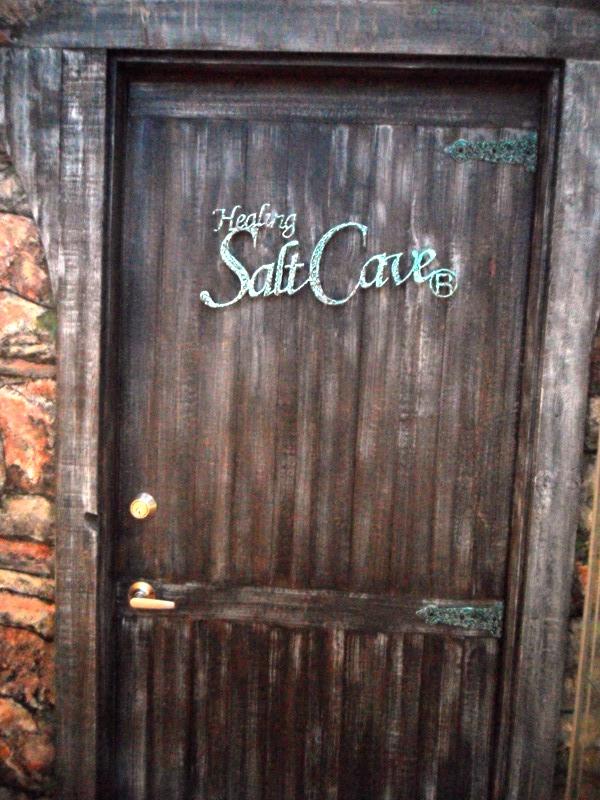 Windsor Arms Hotel, spa, Healing Salt Cave, toronto, ontario, Canada, TS76