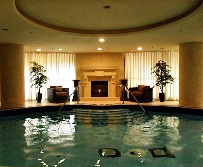 Windsor Arms Hotel, spa, bromine salt, swimming pool, toronto, ontario, Canada, TS76