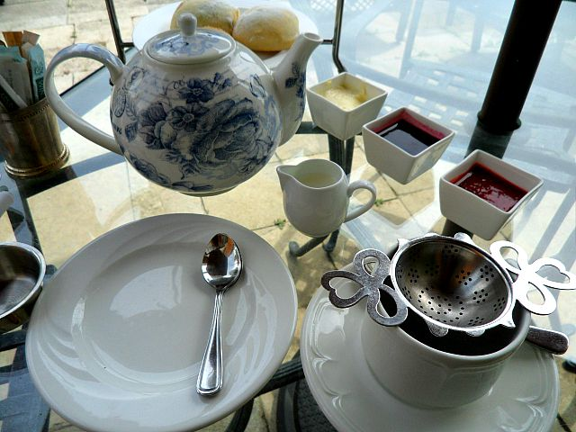 Toronto, Ontario, Windsor Arms, hotel, spa, afternoon tea, terrace, table setting, photography, TS76