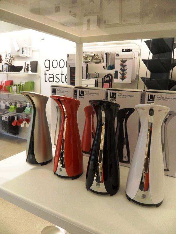 oil dispenser, Umbra, concept store, Toronto, Ontario, design, photography, TS76