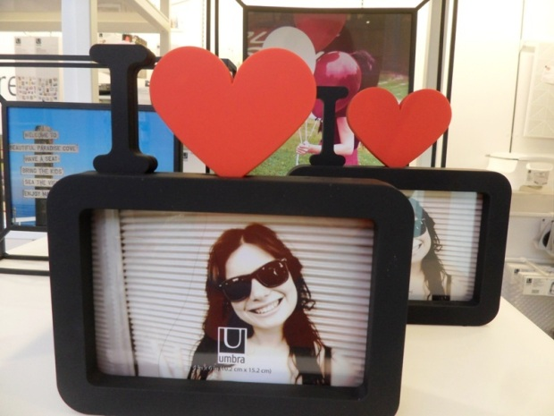 photo frame,  Umbra, concept store, Toronto, Ontario, design, photography, TS76
